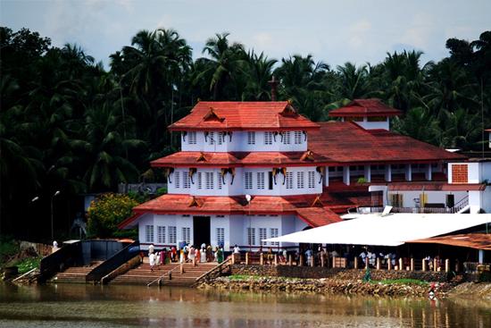 Parassinikkaavu Temple